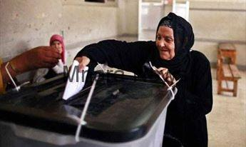 الامن بالسيدة زينب  ينهون مشاجرة بين سيدات أنصار مرشحين